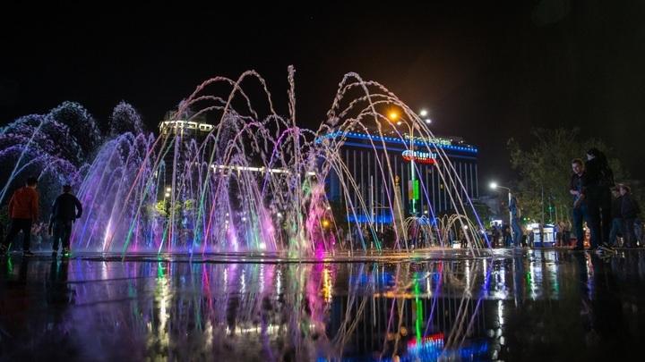 На главном фонтане Краснодара на выходных играет музыка Игоря Стравинского