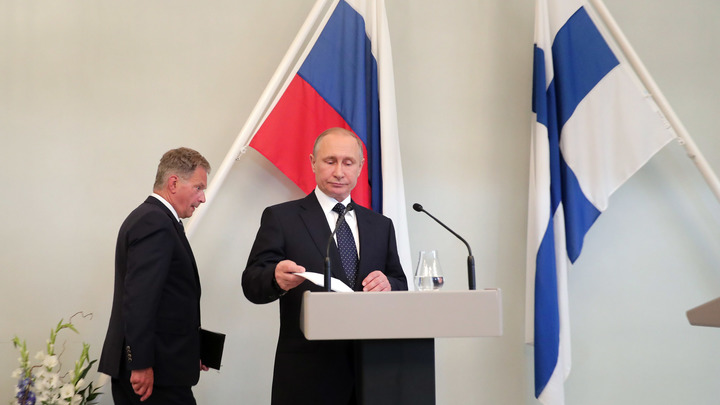 Путин лично наградил борца за чистоту Байкала