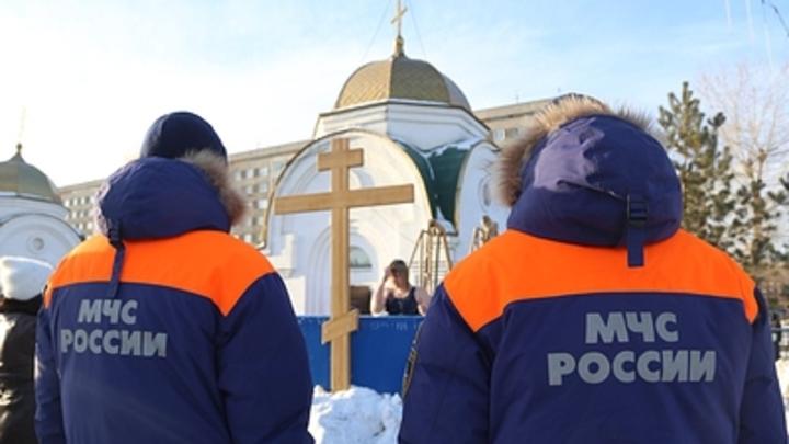 Крещение без омовений в купелях: Вслед за Омском ещё один регион пугает COVID-19 в раздевалках