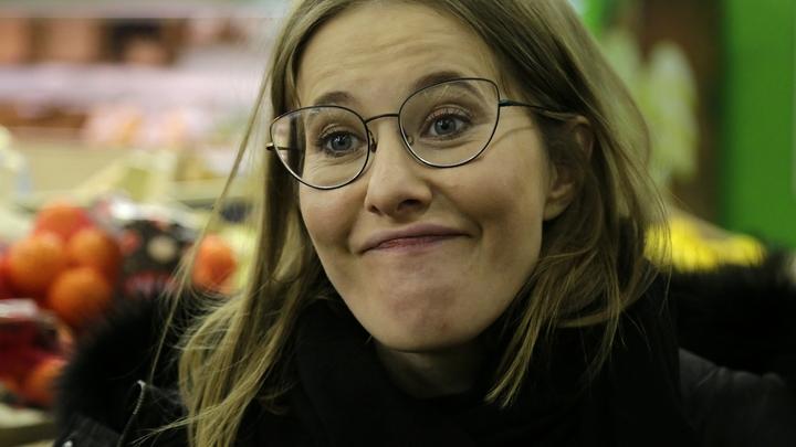 Брызгами от косметической бомбочки для феминистки Рапопорт забрызгало даже Собчак