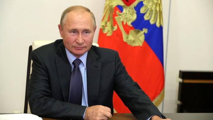 Путин сделал прозрачный намёк Собянину: Диалог с людьми нужно вести