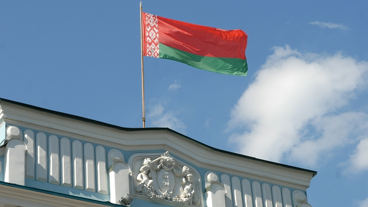 Российский посол прояснил перспективы вхождения Белоруссии в состав РФ и создания военных баз на границе с ЕС