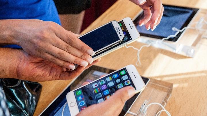 Выиграли битву, но не войну: Apple закопала топор войны с Samsung