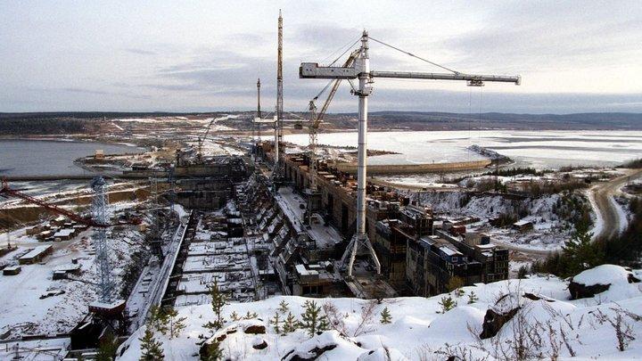 В Красноярске жителям рекомендовано меньше дышать - введен режим черного неба