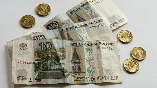 В Минтруда назвали, кому в России больше всех грозит бедность