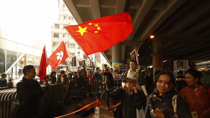 СМИ: В Китае после терактов запретили мусульманские имена, хиджабы и бороды