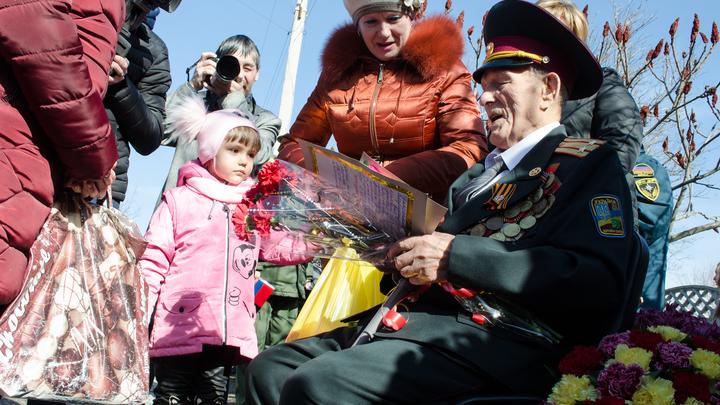 Не примем негодяев: О главной причине восстания Донбасса накануне Дня Победы напомнил Пушилин