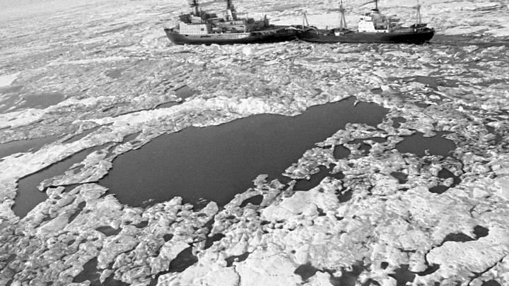Послали катер, наткнулись на русских. Американский военный признался, что США слепы в Арктике