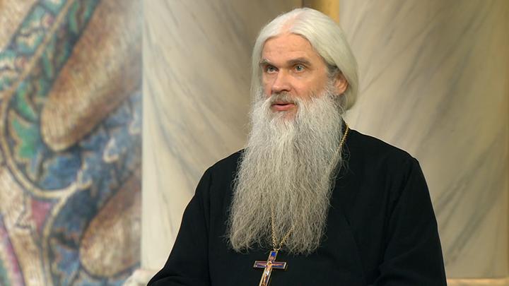 Протоиерей Валентин Асмус:Монархия - неразрывная, неотделимая часть нашей православной традиции