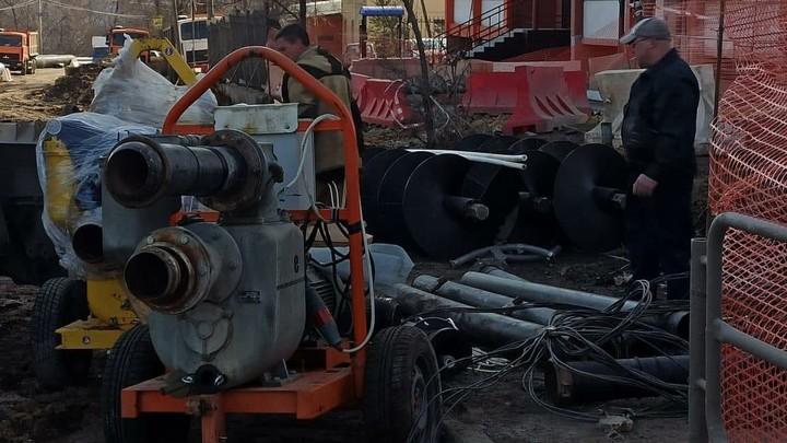 В мэрии Челябинска рассказали, когда закроют провал на улице Куйбышева