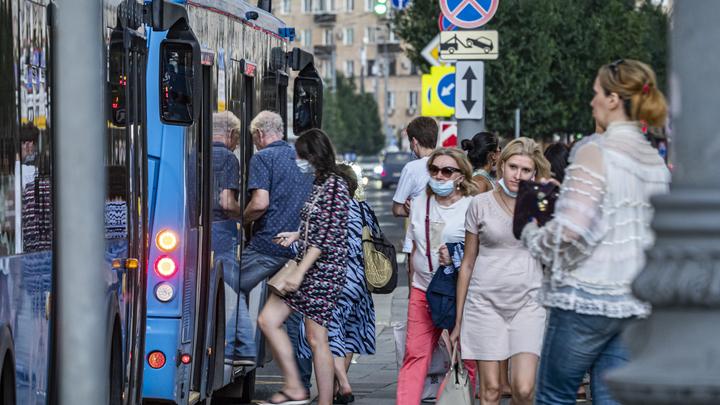 Жители Екатеринбурга пожаловались на трудности при выезде из Химмаша