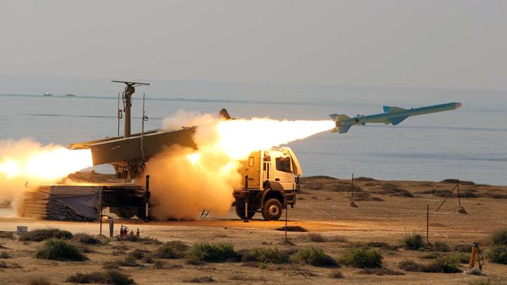 Почему Запад раздувает версию о вине Ирана в крушении украинского Boeing