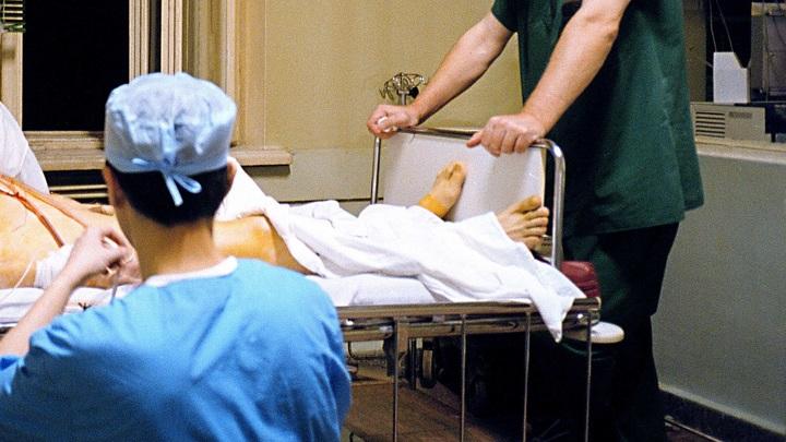 Чудом вытаскивал людей с того света, а сам погиб в своей же больнице: Кардиолог на Урале умер из-за врачебной ошибки