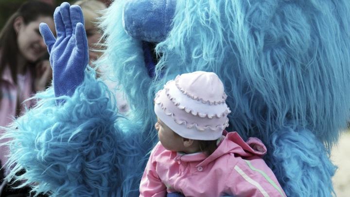 Дети без ограничений, оптом и в розницу: Для кого вынашивают младенцев русские мамы