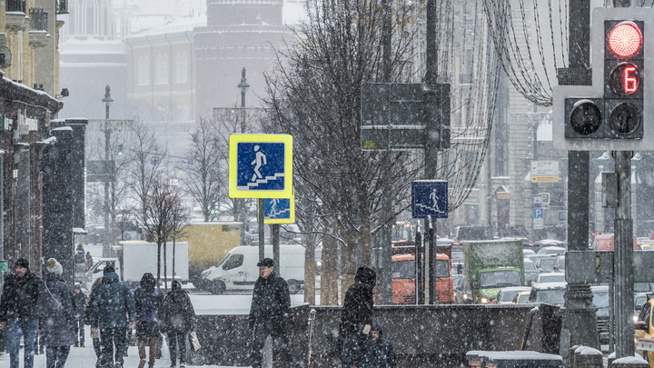 Гидрометцентр дал прогноз на неделю для всей России: от сугробов до нового бабьего лета