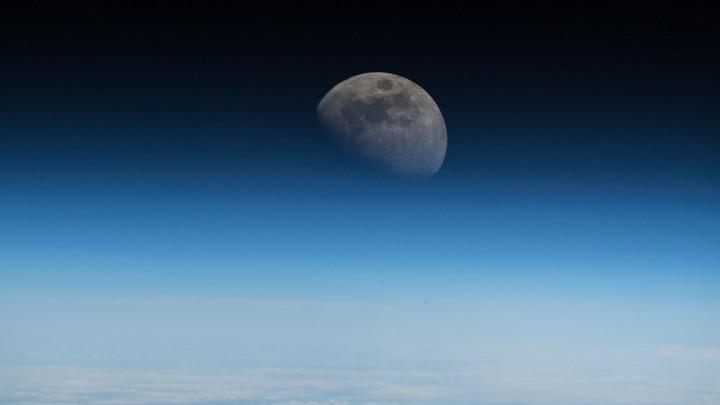 Рогозин назвал дату запуска спутников попроекту «Сфера»
