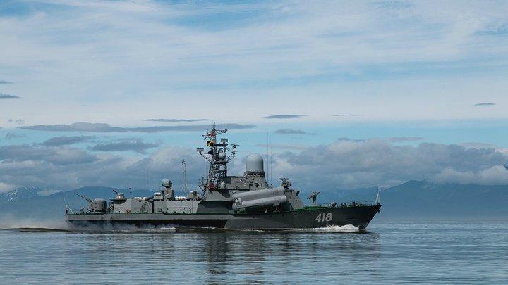 Должны быть под Петербургом, но…: На реке под Ростовом притаились ракетные корабли
