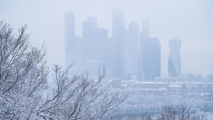 Антициклон с Баренцева моря: Москвичей предупредили о самом сильном снегопаде за всю зиму