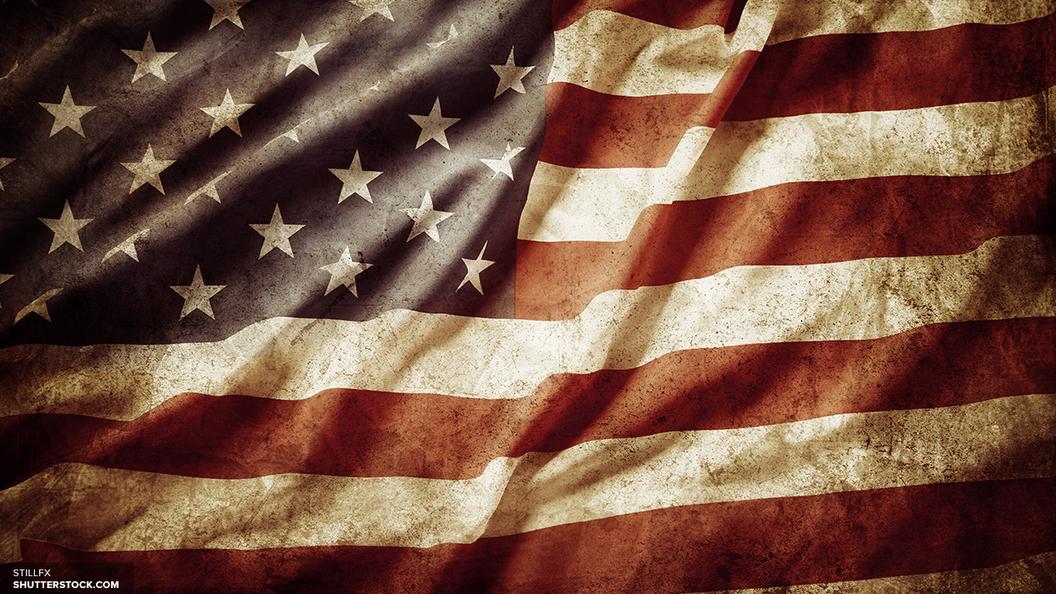 В США на американских горках оказались заблокированы 24 человека