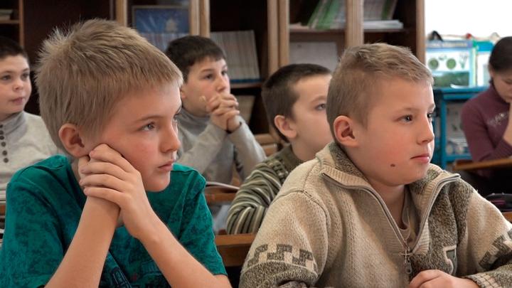 Дети Донбасса: Играли во дворе. По нам работал снайпер