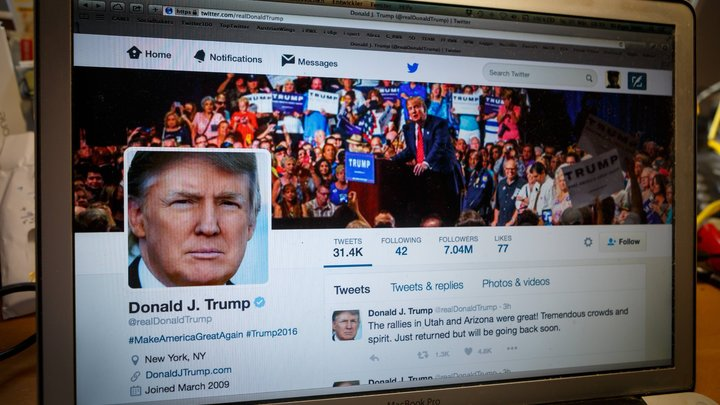 Трамп потерял 300 тыс. фолловеров в социальная сеть Twitter засутки