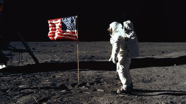 США освоят Луну без России, но с Голливудом? Леонков указал на нюансы проекта Трампа