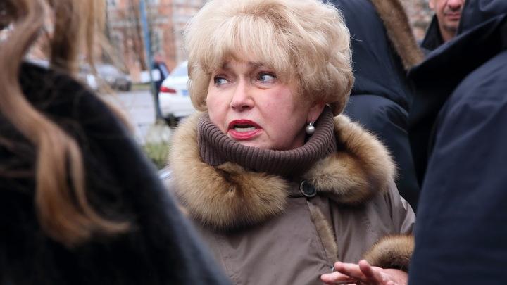 Вот эти пенсионеры... неприятно: Мама Ксении Собчак - главная героиня политического скандала