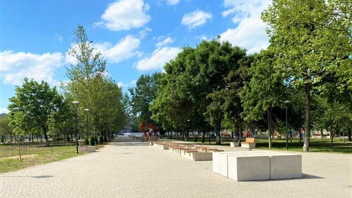 В Гулькевичском районе обновляют общественные территории
