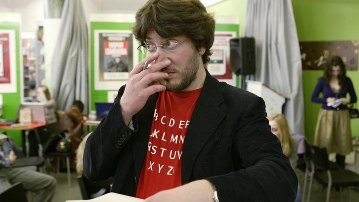 Забытый всеми, пошёл по пути Алибасова: В Сети объяснили поведение Лебедева