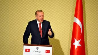 Эрдоган со скепсисом отнесся к окончанию визового кризиса с США
