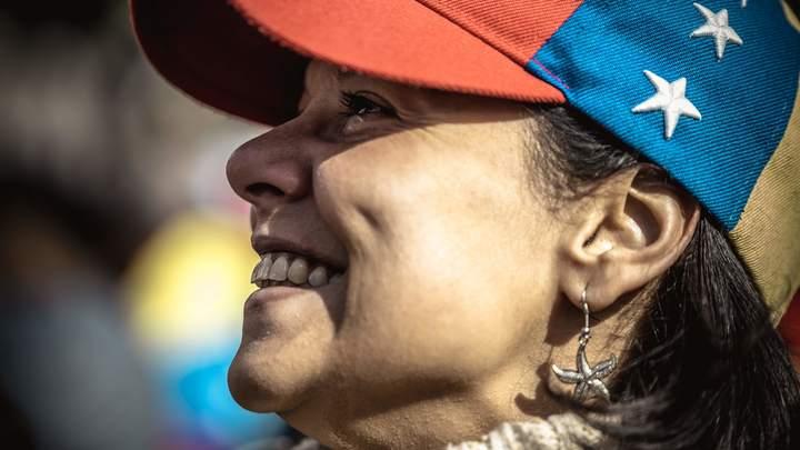 Чуть ли собак не едят? Это ложь: Продавщица из Каракаса рассказала о жизни в условиях блокады США