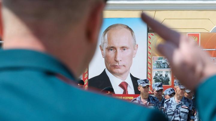 Ельцина в Конституции стало меньше, но вычистили пока не всего