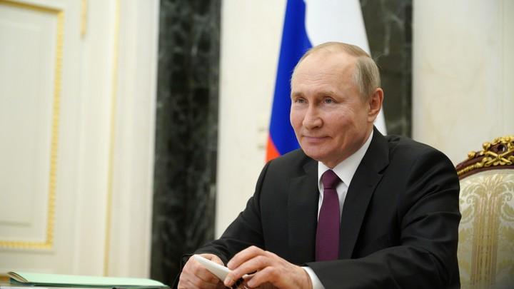 Названа причина наложенного Путиным вето на закон о фейках