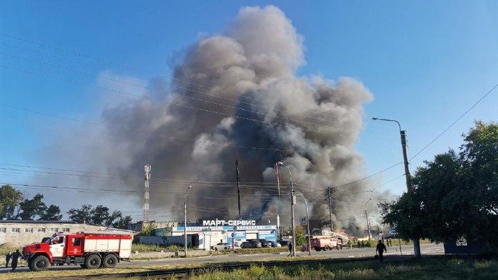 Все АЗС Новосибирской области проверят после пожара на Гусинобродском шоссе