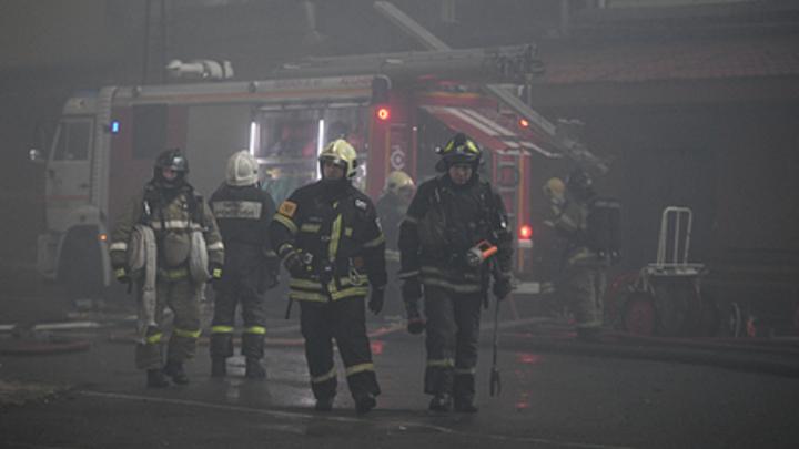 На Урале заживо сгорели пять малышей из многодетной семьи: Подробности, видео с места трагедии