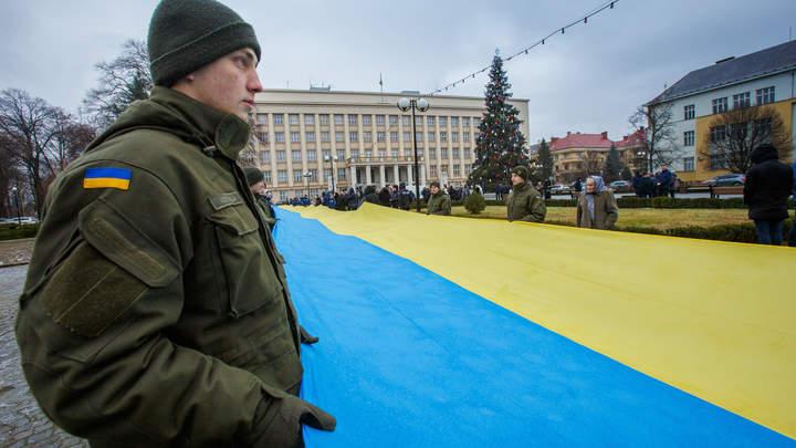 Жители вынуждены укрываться в подвалах: В ЛНР выпустили экстренное заявление из-за обострения на линии соприкосновения