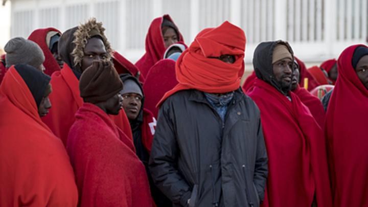 Впустили мигрантов и ничего не делают: Винить в терактах стоит Евросоюз - эксперты