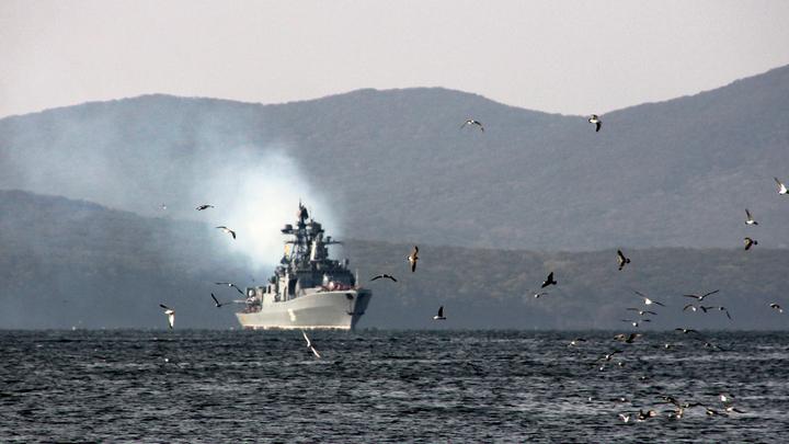 Обычное раздолбайство? Кто подставил эсминец США под русский таран - три версии эксперта