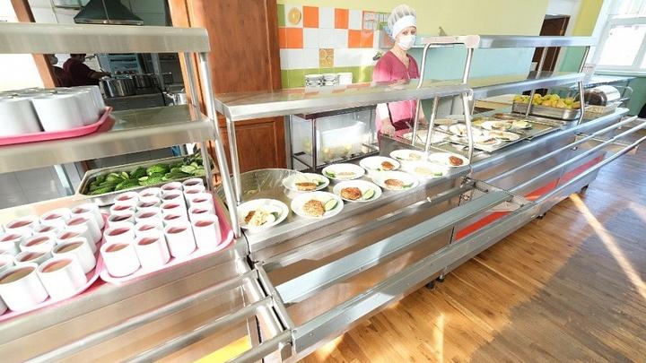 На Кубани бесплатным горячим питанием обеспечены 100% учеников 1-4 классов