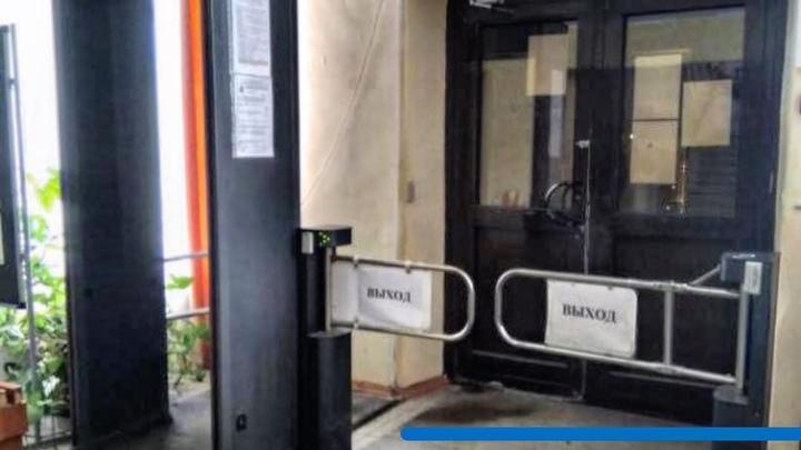 В Тольятти провели внеплановую проверку школ: проверяли антитеррористическую защищенность