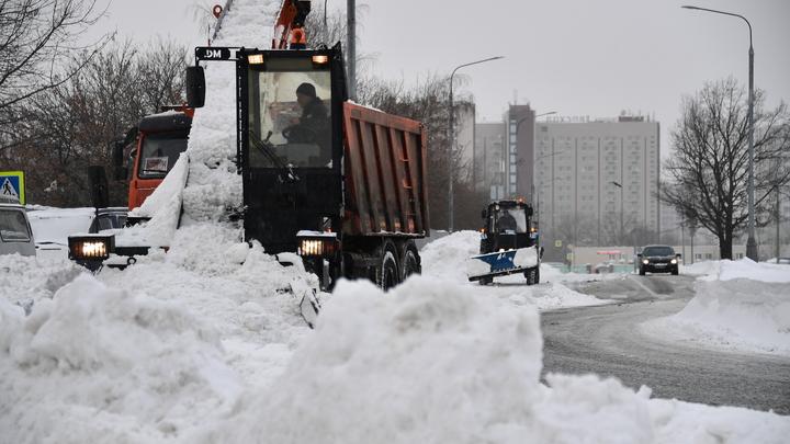 Мэр Новосибирска предупредил горожан об экстремальных снегопадах