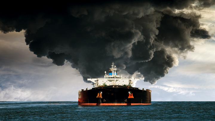 Атака на иранский танкер: Трамп использует саудитов как пушечное мясо