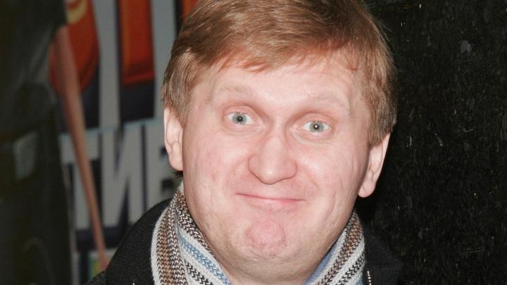 Юморист Рожков из-за пандемии чистит парковки: Счастье, а не работа