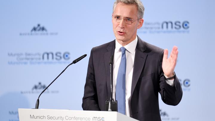 Антироссийский информационный шум помогает НАТО усиливать влияние на Балканах, уверены политологи