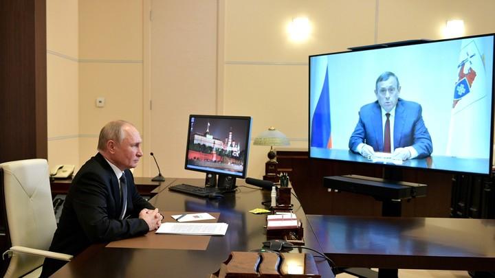 Президент Путин обсудил вопросы нацбезопасности Союзного государства на заседании Совбеза России