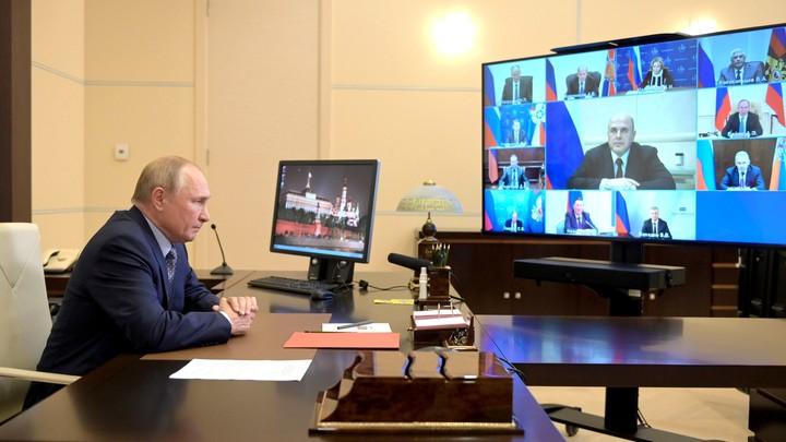 Путин сообщил, когда определится со своим участием в президентских выборах 2024 года