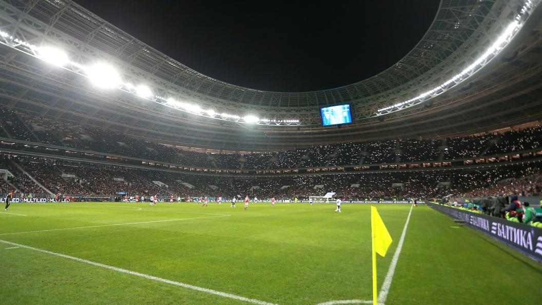 Сборная Российской Федерации пофутболу крупно уступила Бразилии втоварищеском матче