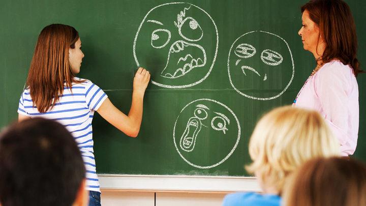 «Кафедра мемологии»: Нужно ли учить детей сетевой культуре