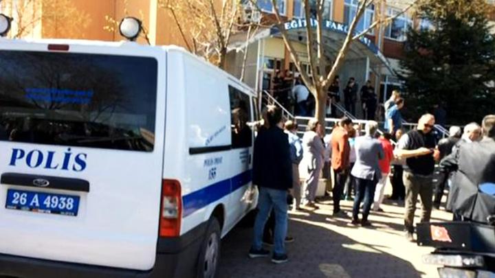 Стрельба в Турции: Преступник обвинялся в связях с Гюленом