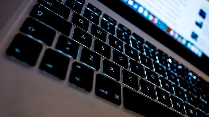 Взрыв мозга: Прическа российского сенатора поразила западных интернет-пользователей